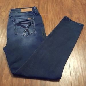 Seven7, high rise skinny, size 12, like new.